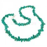 Malachite Howlite Gemstone Chip Necklace with Clasp