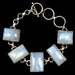 Moonstone & Silver Gemstone Bracelet (Length - 16-19cm)