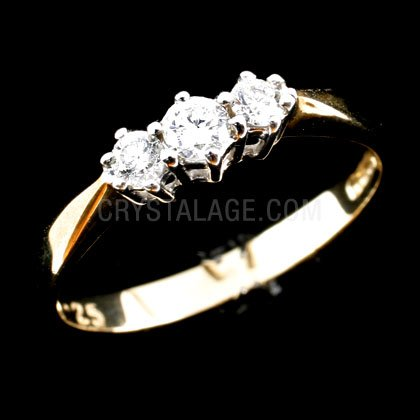 Diamond Trilogy Ring in 9ct Gold