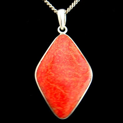 Red Coral & Silver Pendant - Diamond 35mm